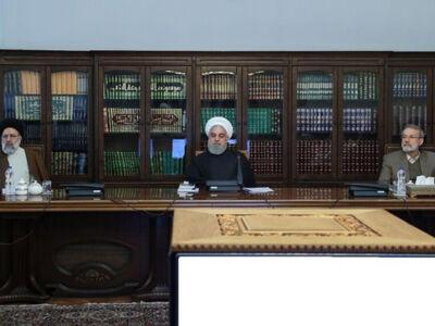 فاصله انداختن کرونا بین روحانی ، لاریجانی و رئیسی
