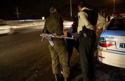 جزئیات تیراندازی در بزرگراه بعثت / پلیس چاقو خورده، سارق را دستگیر کرد